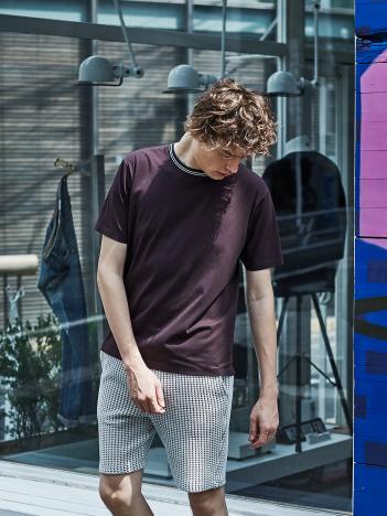 ABAHOUSE - 【ノンストレス】圧着クルー ネック トリムTシャツ
