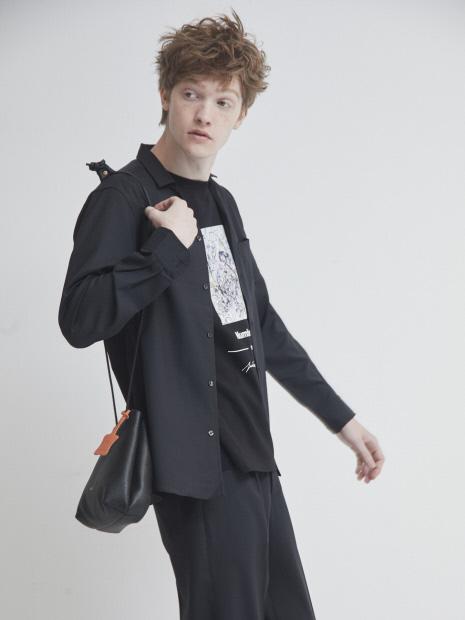 【TUSTING】レザー巾着バッグ