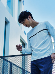 【FLAT TECH】フロント ポケット 長袖 Tシャツ