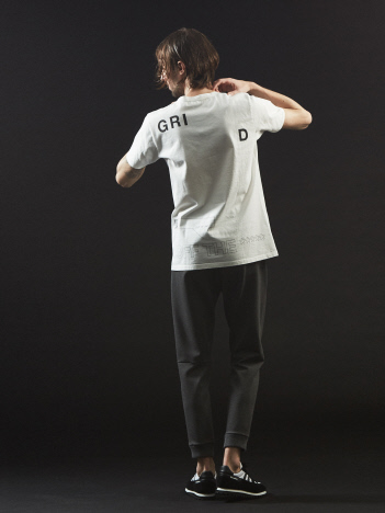 【タイポグラフィー】プリント クルーネック Tシャツ