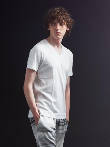 シルケットコットンVネックTシャツ