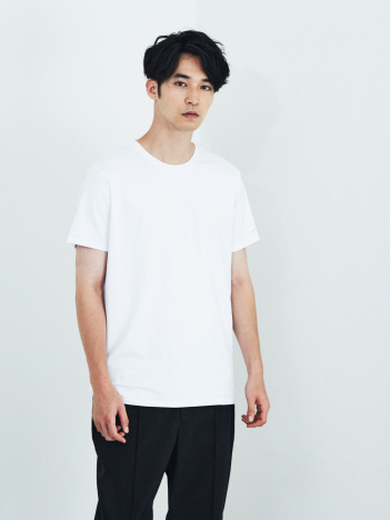 【de aete】DA-S02-0715 デアエテ オーセンティックフィットUネックTシャツ(Triangleバージョン)