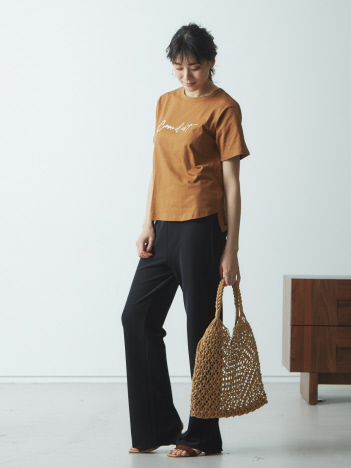 【Mylanka】Comme il estロゴプリントTシャツ