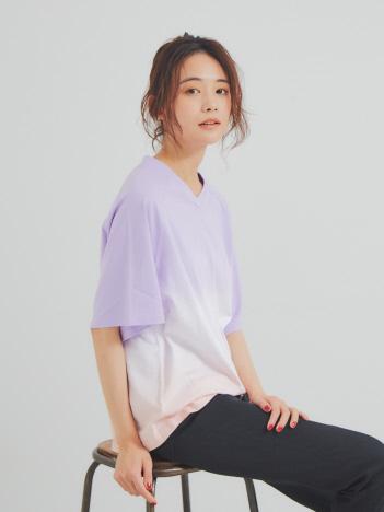 【JILKY】VネクグラデーションTシャツ