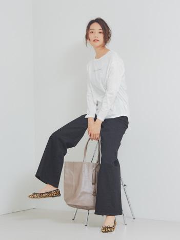 【BEAURE】タッセル付きレザートートバッグ