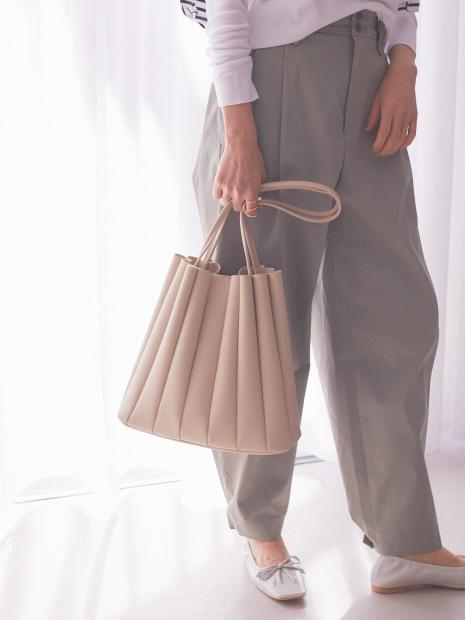 【Avancer】ミニポーチ付きプリーツトートバッグ