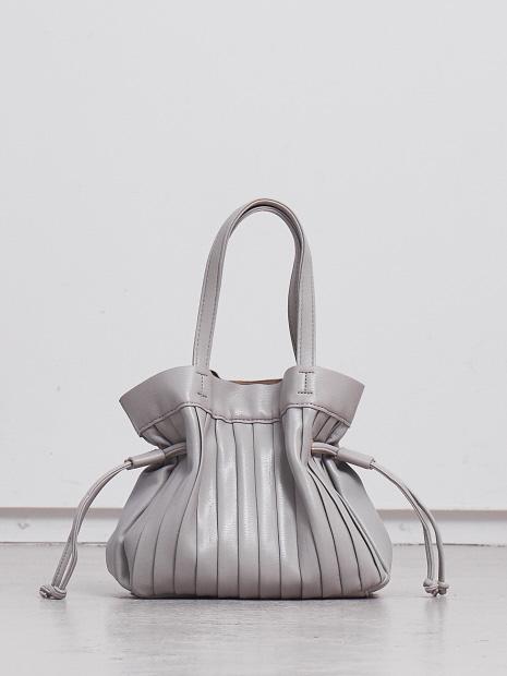【Avancer】カヌレ型ハンドバッグ