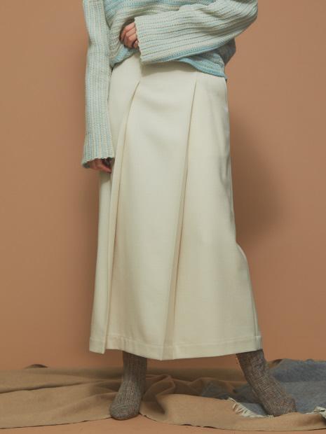 フロントプリーツスカート