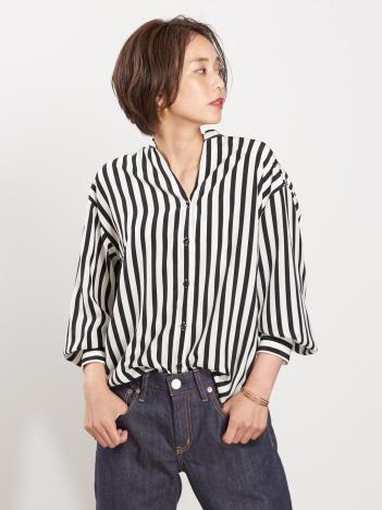 スタンドカラーストライプシャツ