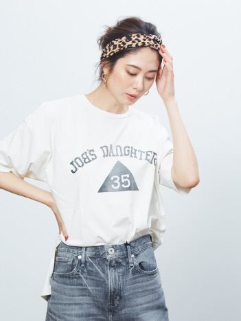 Rouge vif la cle - 【REMI RELIEF/レミレリーフ】別注 ロゴTシャツ