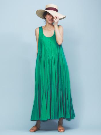【MARIHA】海の月影のドレス