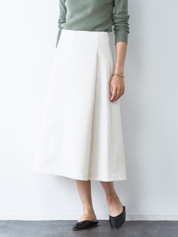 フレアフォルムスカート
