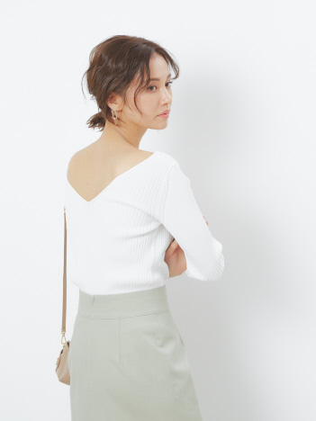 Rouge vif la cle - バックVリブニット【予約】