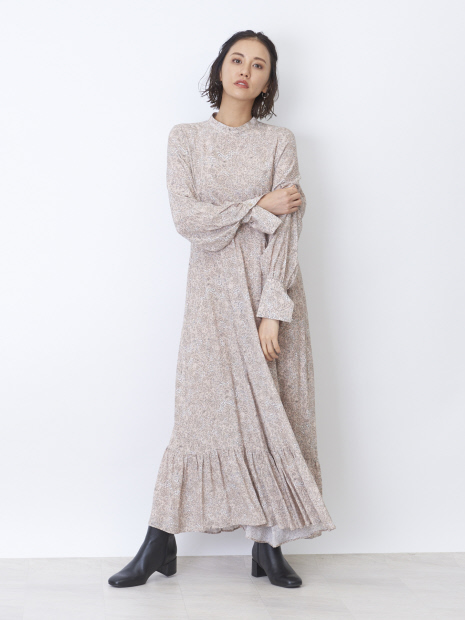 フラワーロングドレス
