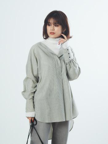 Rouge vif la cle - 【WEB&一部店舗限定】ノーカラーフロントタックストライプシャツ【予約】
