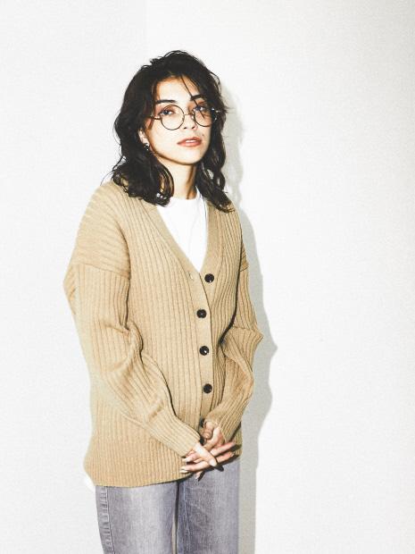 【WEB&一部店舗限定】Vネックボリューム袖カーディガン