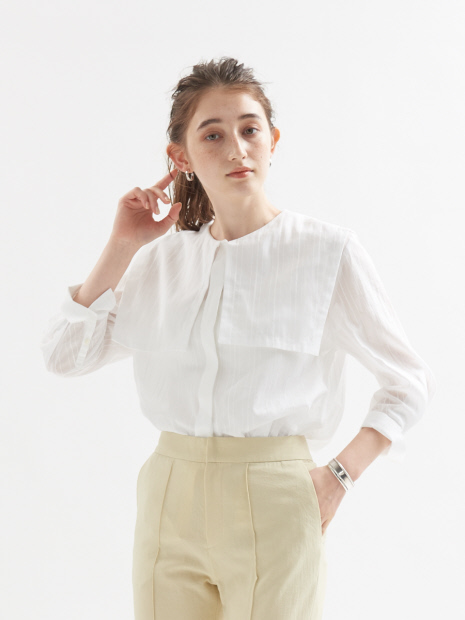 【WEB限定】セーラー衿7分袖ブラウス