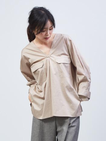 qualite - Vネックフラップポケットシャツ
