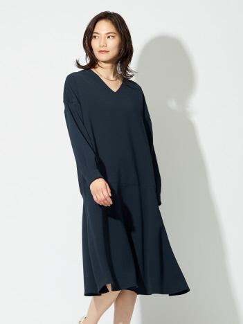 qualite - 【店舗限定】anana Vネックフレアワンピース