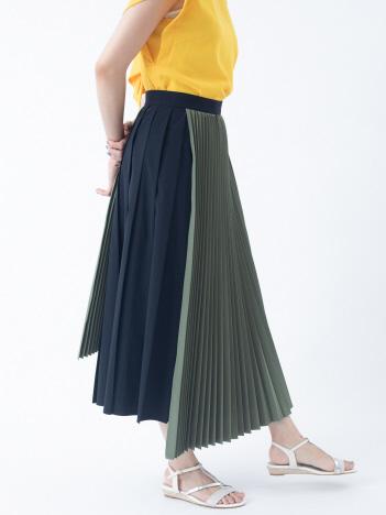 タフタプリーツスカート