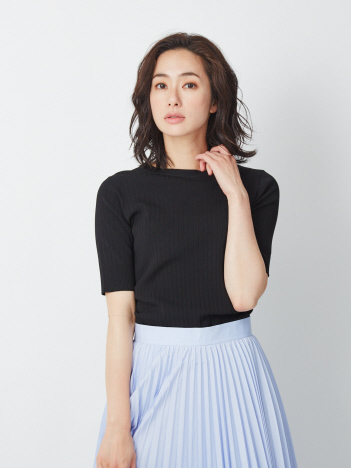 リブ風ニットTシャツ