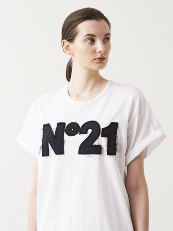 N゜21 ロゴTシャツ