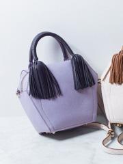 interstaple - 【インスタグラマー着用】Olivia/シープタッセルボックス型バッグ