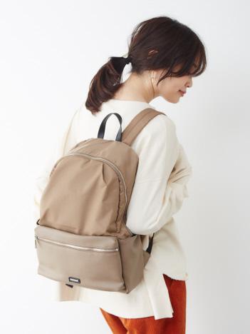 【販売店舗限定】8ポケット異素材リュック/バッグパック