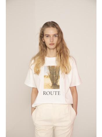 LAROUTE - 【Emiri Henmi×Yuji Takeuchi×LAROUTE】Collaboration Photo T-shirt