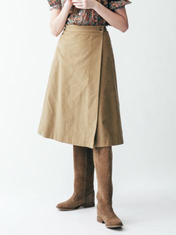バイヤスコールスカート