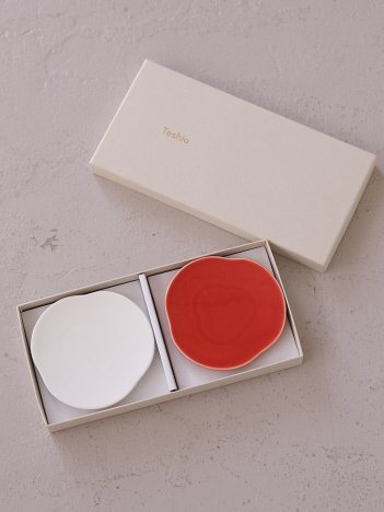 collex - 【Teshio/テシオ】三つ雲 豆皿 2枚セット 紅白