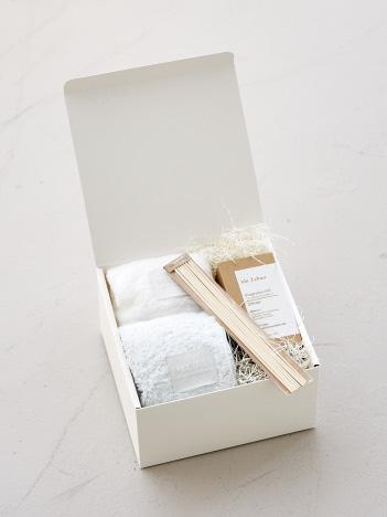 【ギフト専用商品】GIFT SET 06『香りを楽しむフレグランスオイル&フェイシャルタオルセット』