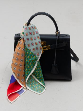 【hint hint】マルチカラースカーフ