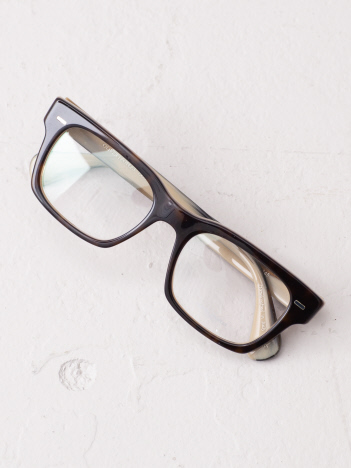 【OLIVER PEOPLES】スクエアグラス
