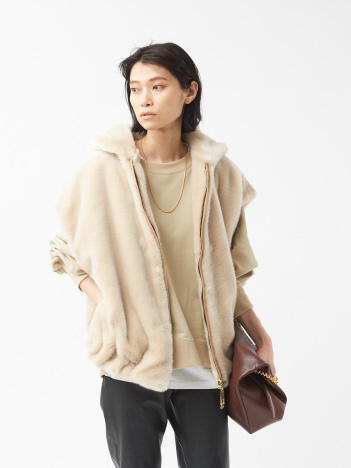 THE STORE by C' - 【a point etc】Gilet CAPUCHE/フェイクファーベスト