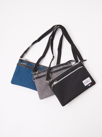 ABAHOUSE GRAY - 【展開店舗限定】ナイロンサコッシュ