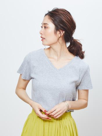 ecru【汗染み防止】テレコVネックTシャツ