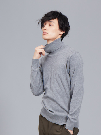 ABAHOUSE - 【展開店舗限定】gicipi コットン ソフト タートルネック Tシャツ