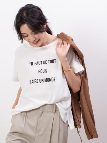 ecru ワイドロゴTシャツ
